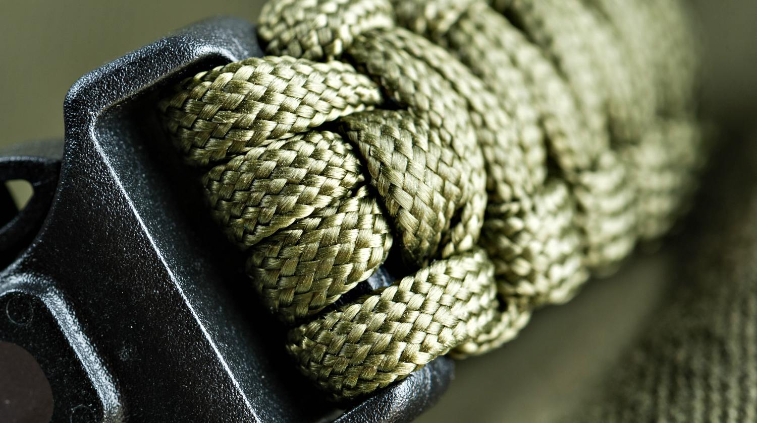 Feature | Closeup braided green paracord | How To Make A Paracord Belt: Step-By-Step Instructions