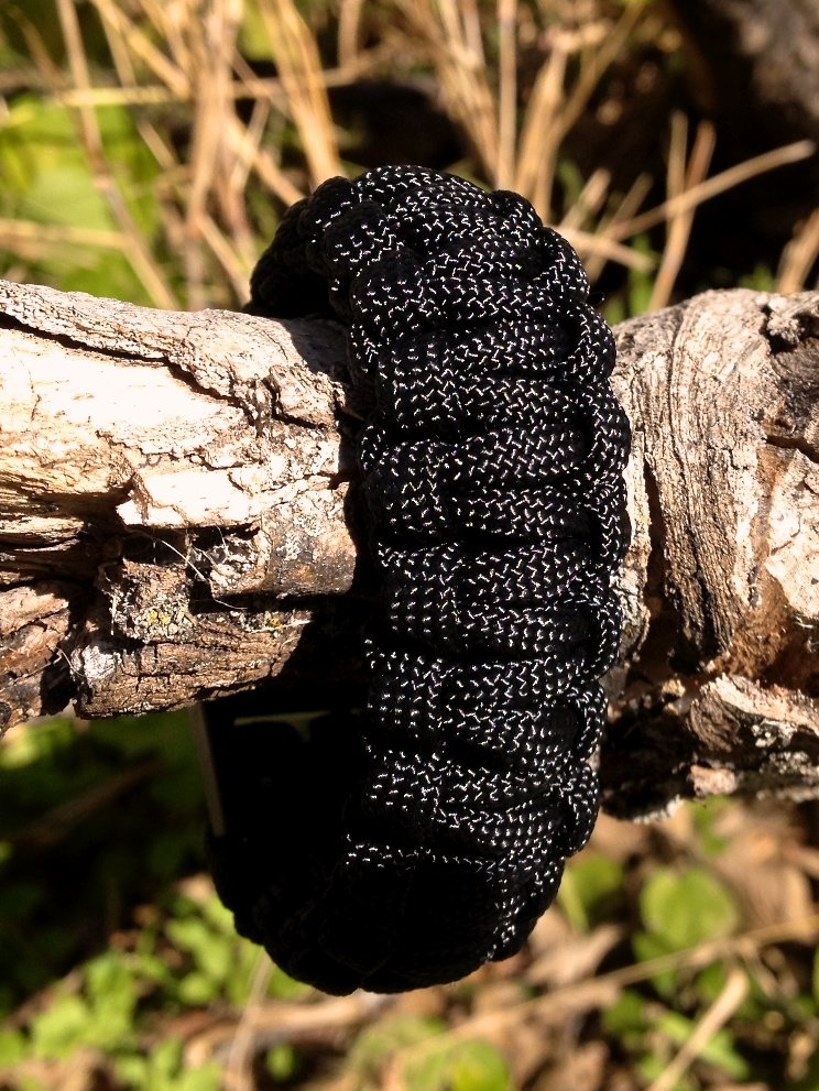 How To Tie A Cobra Survival Weave Diy Projects Craft Ideas How