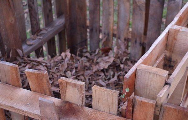compost-bin-diy-pallet-composter