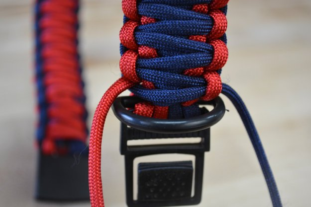 Get as close to the D-ring | Learn To Make A Paracord Dog Collar | Instructions