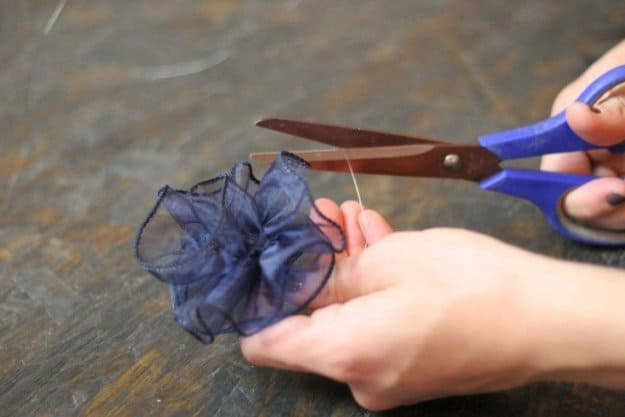 Tie the Wire Around the Ribbon to Finish the Bow 2 | How to Tie a Bow | Make 3 Beautiful Bows With Ribbon | How To Make A Bow With Wired Ribbon