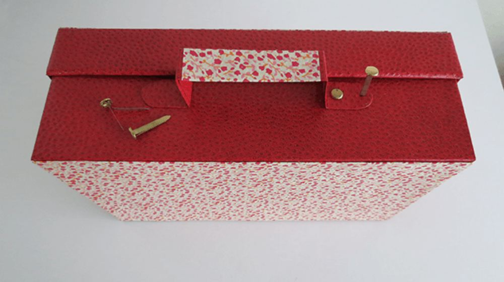 Step 5.1 | How To Make A Little Cardboard Suitcase | Craft Projects | make a little cardboard suitcase