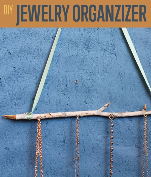 DIY Jewelry Organizer | Necklace Holder