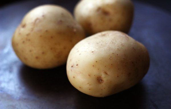 Choose baking potatoes for this baked potato recipe