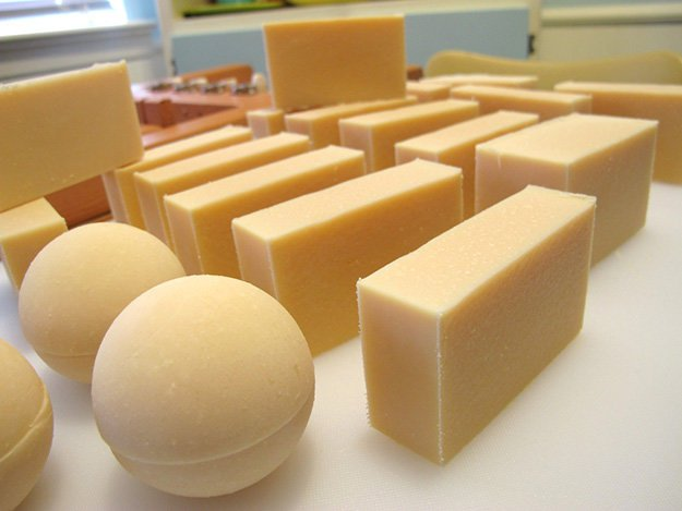 homemade soap, how to make homemade soap, homemade soap recipes, homemade hand soap, how to make soap, soap making, handmade soap, soap recipes, how to make soap at how, making soap, how to, how to make, cold process soap recipes