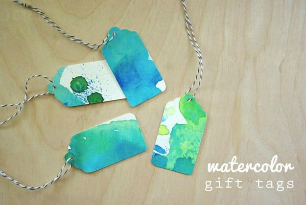 Watercolor Gift Tags | Ideas For Fun and Creative DIY Christmas Gift Tags