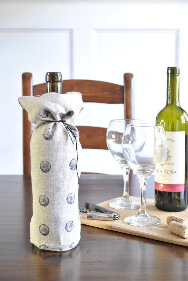 DIY Wine Bottle Sleeve | 34 Pottery Barn Hacks For Design On A Budget by DIY Projects at https://diyprojects.com/diy-projects-pottery-barn-hacks