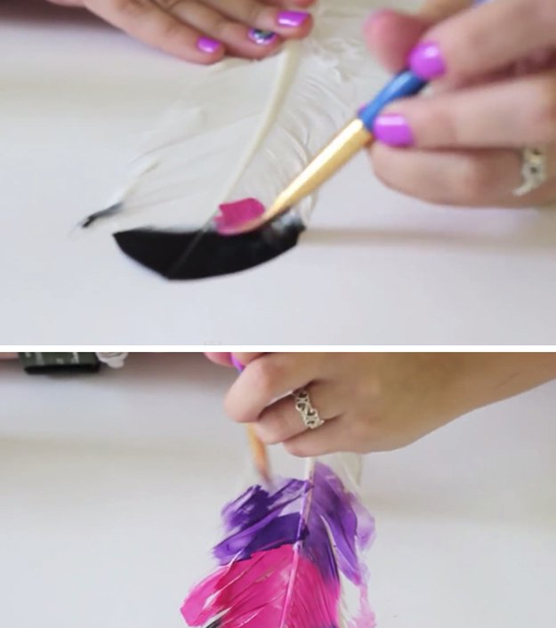 Painted Feather Craft Projects | https://diyprojects.com/diy-painted-feathers/