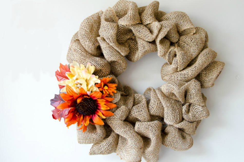 How to Make A Burlap Wreath DIY Projects Craft Ideas & How ...
