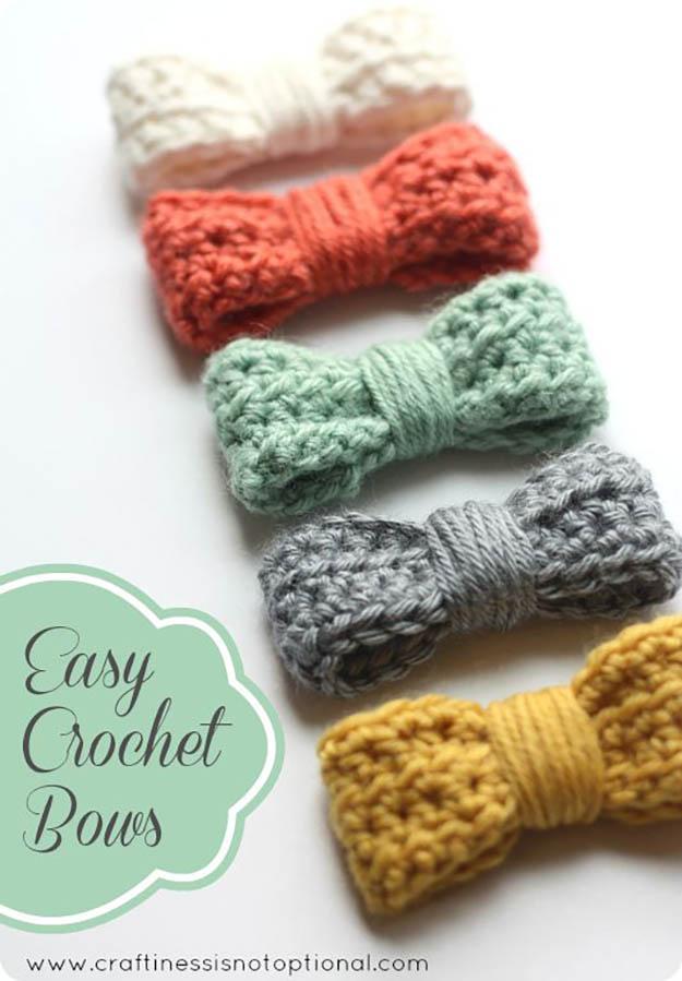 Easy Crochet Bows | 17 Amazing Crochet Patterns for Beginners