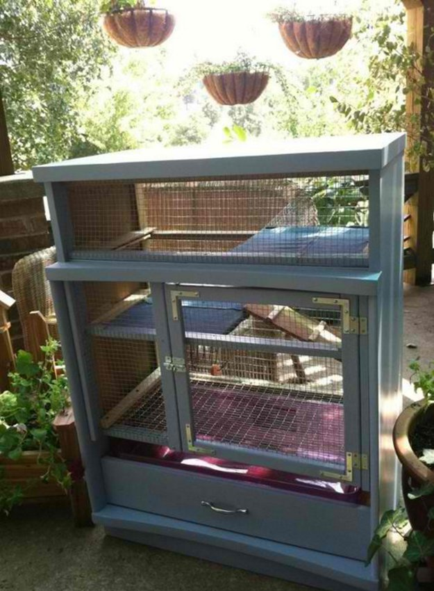 Dresser Bunny Hutch | 9 DIY Rabbit Hutch Ideas Using Upcycled Furniture , see more at: https://diyprojects.com/diy-rabbit-hutch-ideas/