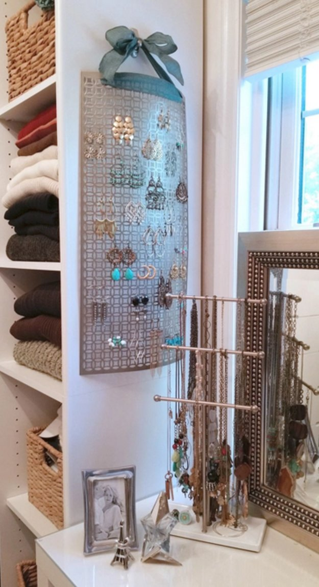 10 Diy Earring Holder Ideas Diy Projects Craft Ideas Amp How