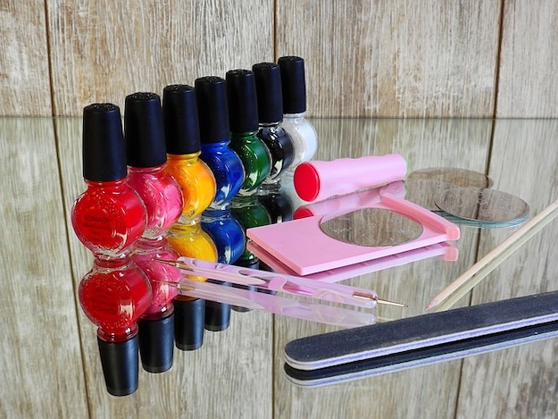 Check out DIY Acrylic Nails: Skip the Salon and Do-It-Yourself at https://diyprojects.com/diy-acrylic-nails/
