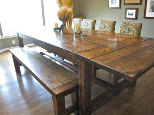How to Build a Farmhouse Dining Room Table