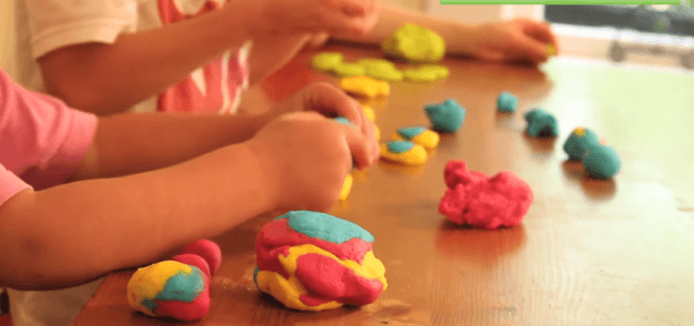 Feature 5 How To Make Homemade Playdough [VIDEO]