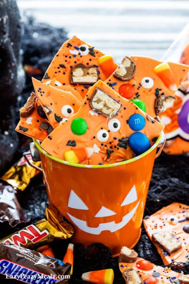 Boo Bark | Fun and Spooky Halloween Party Food Ideas For Your Little Monsters