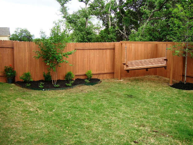 Yard Fence Design| 10 Creative Backyard Fence Ideas For Your Next DIY Project