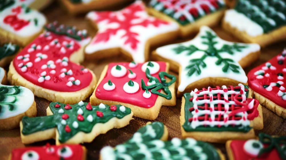 Feature | Favorite DIY Christmas Cookies | Best Christmas Cookie Recipes