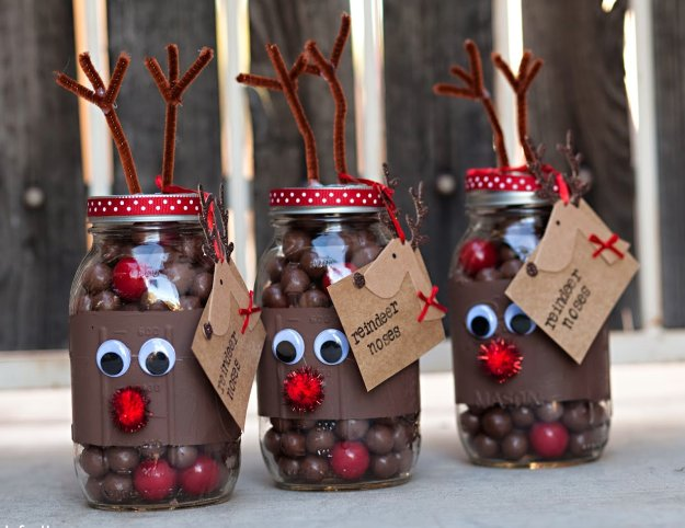 reindeer noses mason gift in a jar cute and easy diy gifts in a jar