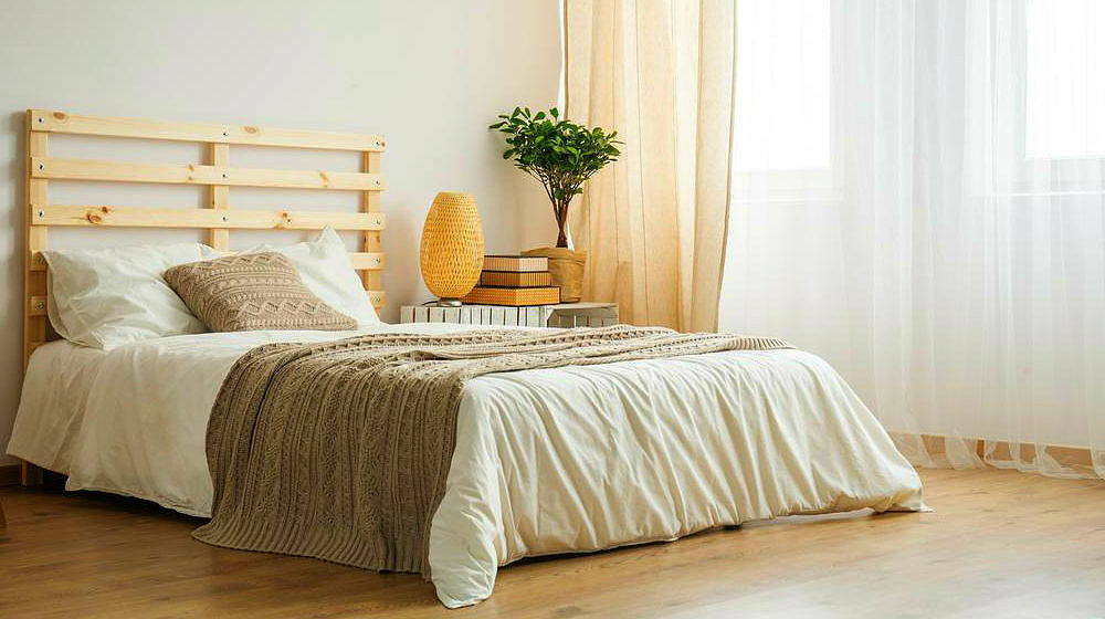 17 Easy To Build DIY Platform Beds To Transform Your Home