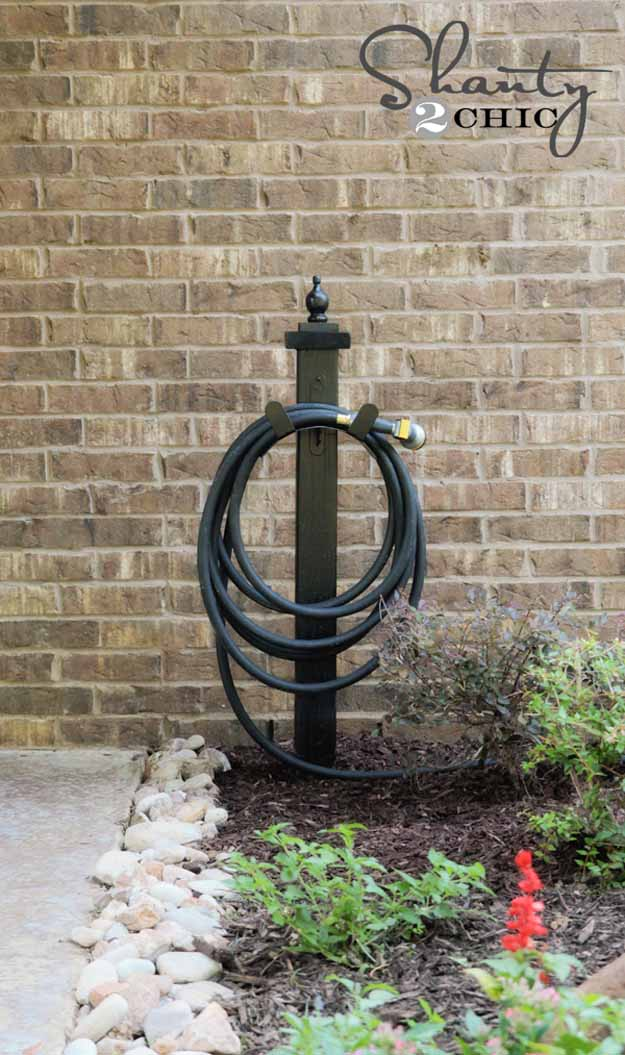 DIY Hose Holder | Impressive DIY Garden Wood Projects