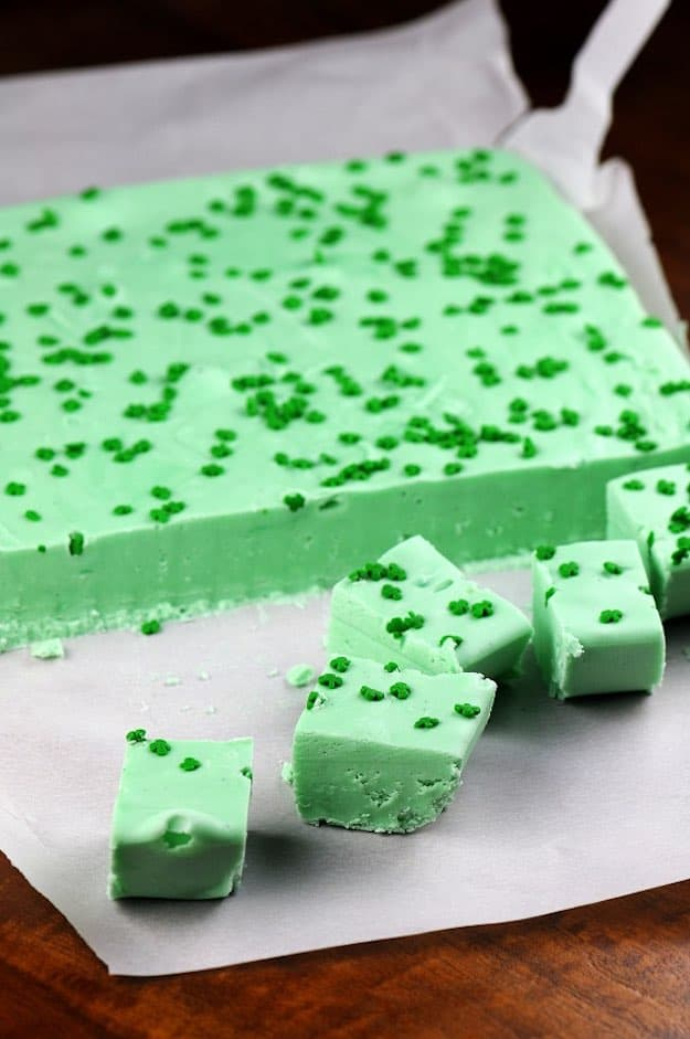 21 Seriously Delicious Green Desserts for St. Patrick's Day