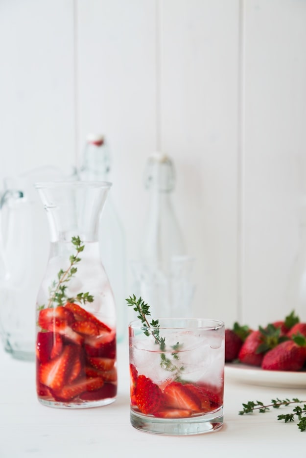 Strawberry | DIY Detox Water Ideas To Stay Refreshed | detox water for belly fat