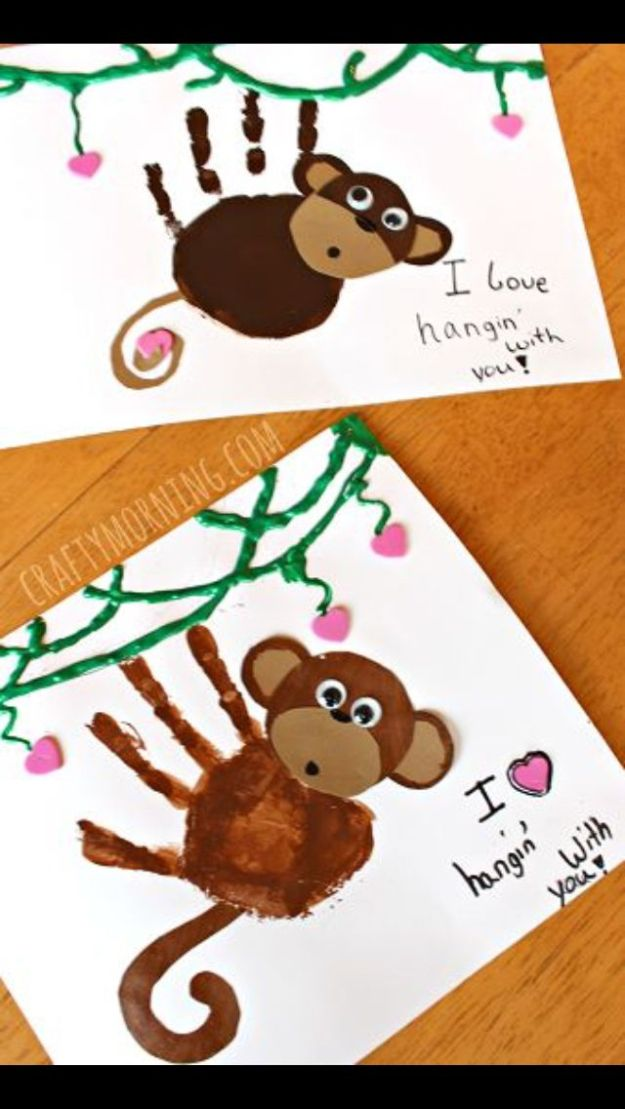 Handprint Monkey Card | Father's Day Cards | 21 DIY Ideas And Designs