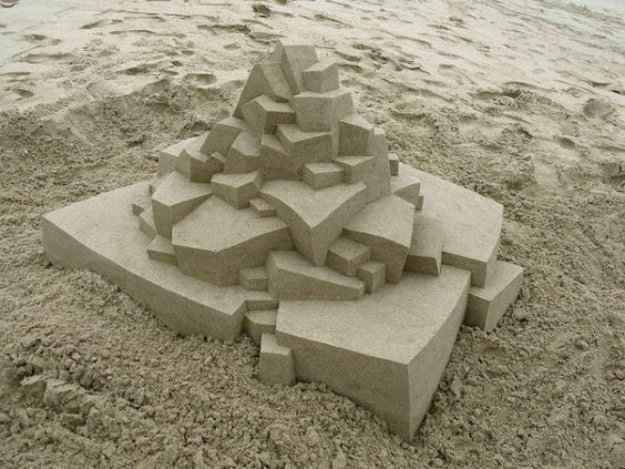 Geometric Sand Castle | DIY Sandcastle Ideas To Take Summer From Good To Great