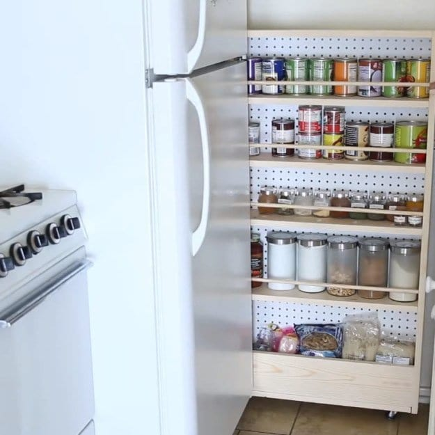 Rolling Pantry | DIYs for Small Spaces | Ideas To Maximize Your Place