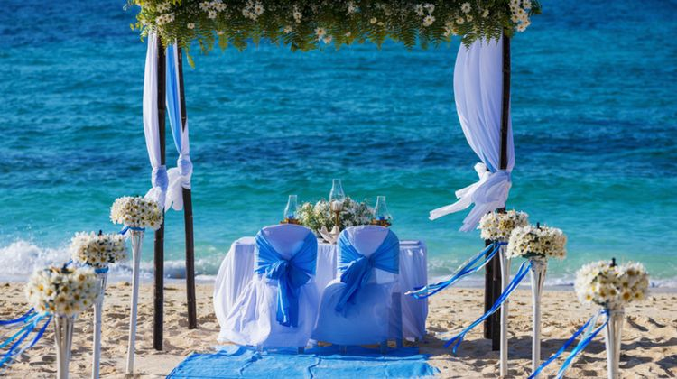 Unique summer beach wedding ideas diy projects for Diy wedding ideas for summer