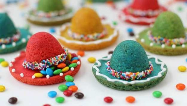 Sombrero Pinata Cookies | Cinco de Mayo Recipes to Get the Party Started
