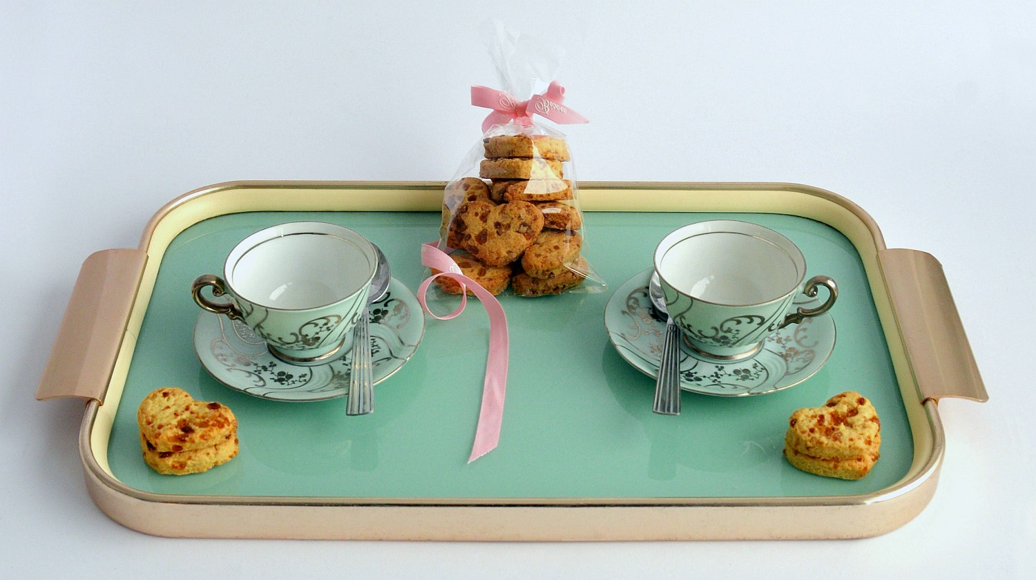 Feature | Tea cups and cookies | Spectacular DIY Kids Tea Party Ideas | tea party menu ideas for adults