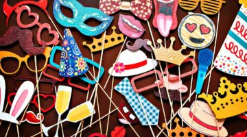 Feature | Set of photo accessories for wedding and birthday parties | Cool DIY Photo Booth Props