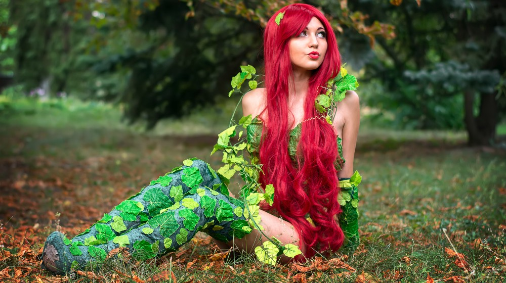 Feature | DIY Poison Ivy Costume
