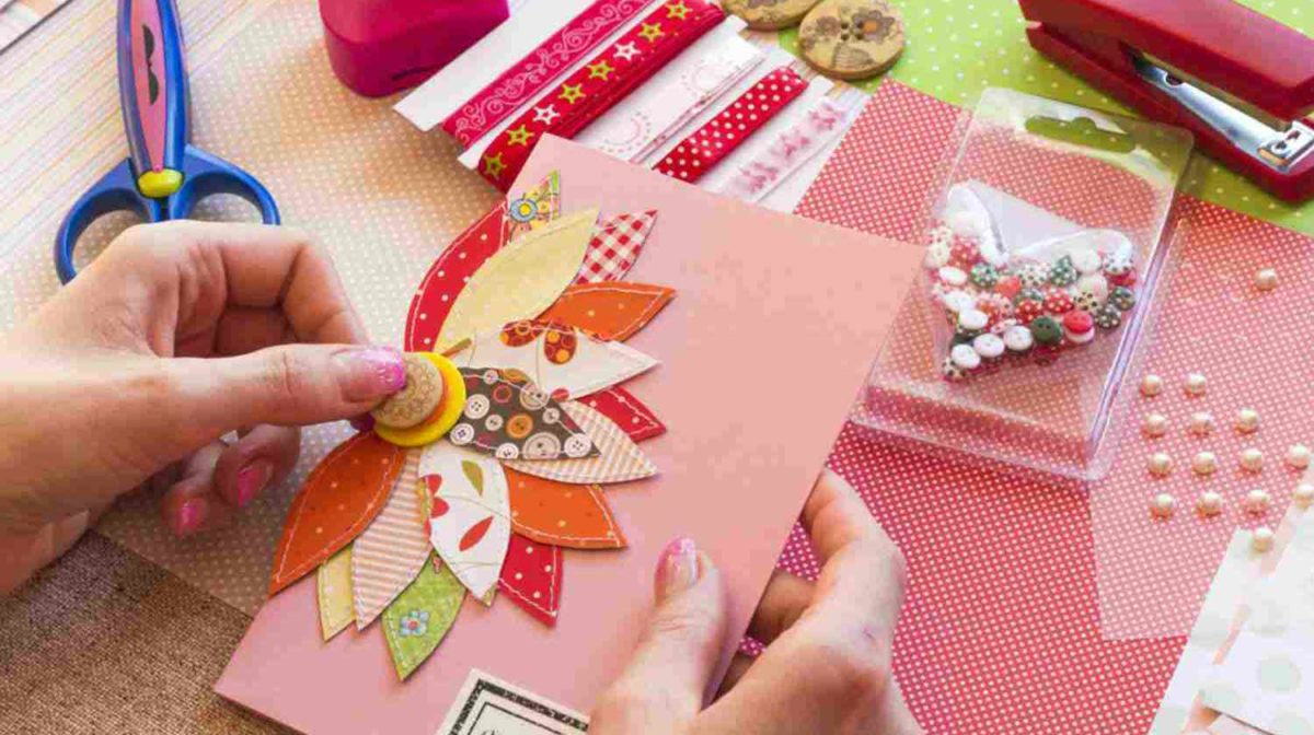 Feature | Making Scrap Book | Cool Scrapbook Ideas Every Crafter Should Know