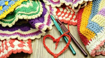 Crocheting colorful oven cloth | How To Crochet Stitches | Crocheting For Beginners | Featured