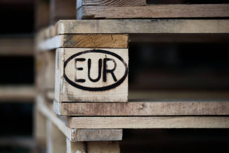 one-pallet-print-on-eurostandard-selective | pallets