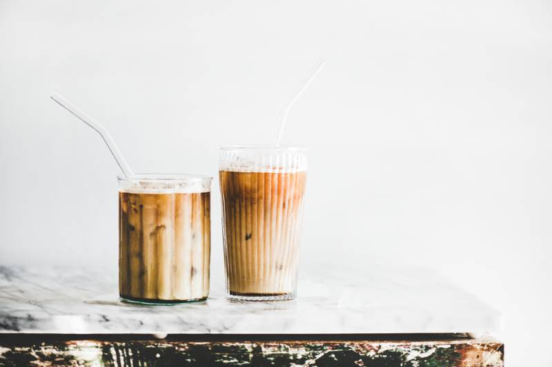 homemade-iced-latte-coffee-glasses-straws | 11 DIY Coffee Bar Ideas For Your Home