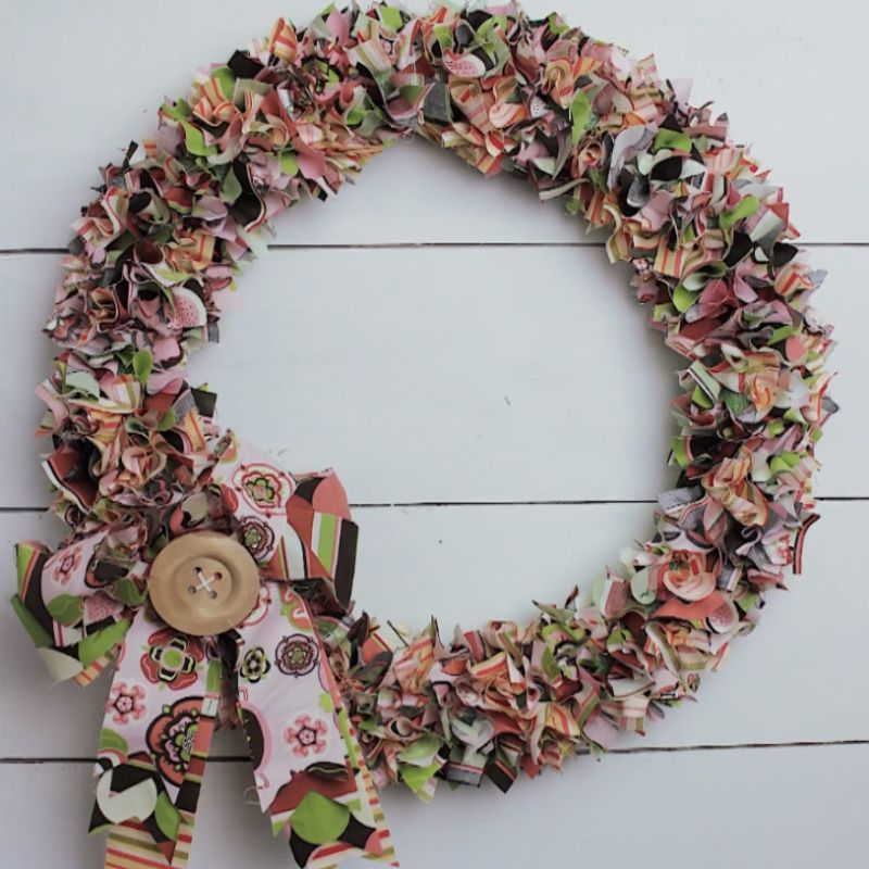 finished product | how to make a wreath with fabric strips
