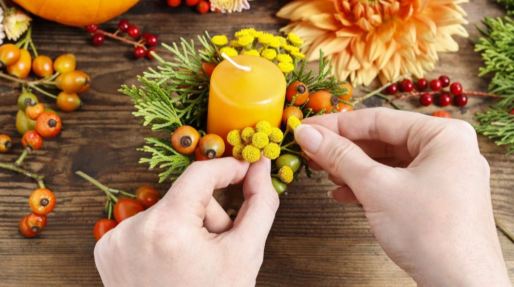 florist-work-how-make-autumn-floral | Festive Thanksgiving Crafts And Ideas To Decorate Your Home With | Featured